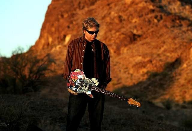 dexter-holland-1